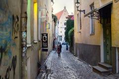 średniowieczne ulicy stary miasteczko, wąskie ulicy, granitowy bruk Zdjęcia Stock