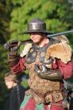 Średniowieczny kordzika wojownik Zdjęcia Royalty Free