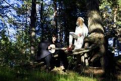 Średniowieczny mężczyzna i kobieta fotografia royalty free