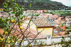 Średniowieczny miasteczko Bosa, Sardinia, Włochy Zdjęcia Stock