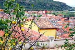 Średniowieczny miasteczko Bosa, Sardinia, Włochy Zdjęcie Royalty Free
