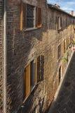 Średniowieczny miasteczko Torrita di Siena w Tuscany, Włochy Obrazy Stock