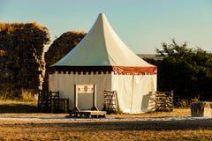 Średniowieczny militarny obóz, namiot/ obraz royalty free