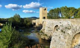 Średniowieczny most nad Ebro rzeką w Frias, Burgos, Hiszpania fotografia royalty free