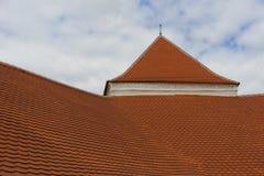 Średniowieczny pomarańczowy dachówkowy dach Obrazy Royalty Free