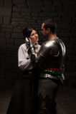 Średniowieczny rycerza i damy pozować Obrazy Royalty Free