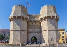 Średniowieczny Serranos Góruje miasto bramę w historycznym Walencja Obrazy Stock