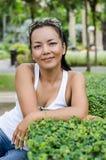 Środek - starzejąca się Tajlandzka atrakcyjna kobieta. Zdjęcie Royalty Free