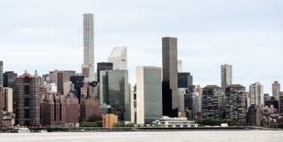 Środka miasta Manhattan linia horyzontu i Narody Zjednoczone kwatery główne Zdjęcia Royalty Free