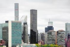 Środka miasta Manhattan linia horyzontu i Narody Zjednoczone kwatery główne Fotografia Stock