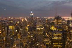 Środka miasta Manhattan nocy widok Zdjęcia Stock