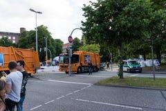 Środki bezpieczeństwa i milicyjne kontrola podczas Kieler Woche 2017 Zdjęcie Royalty Free