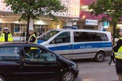 Środki bezpieczeństwa i milicyjne kontrola podczas Kieler Woche 2017 Fotografia Stock
