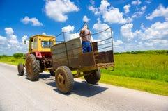 ŚRODKOWA droga KUBA, WRZESIEŃ, - 06, 2015: zadziwiać Zdjęcia Stock