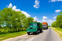 ŚRODKOWA droga KUBA, WRZESIEŃ, - 06, 2015: zadziwiać Fotografia Royalty Free