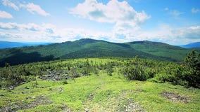 Środkowa Urals Rosja droga Siedem mężczyzna Plato blisko Konzhak góry Zdjęcie Stock
