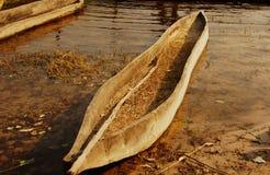 Środkowy afrykański drewniany mokoro w Okavango delcie Fotografia Royalty Free