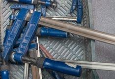 Śrubowi kahatów narzędzia w pudełku Obraz Stock