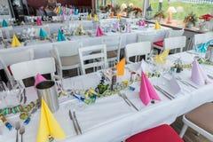 Świąteczna stołowa położenie bankieta sala Zdjęcia Royalty Free