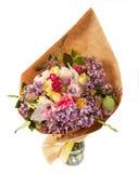 Świąteczny bukiet z bzem, różami i orchideą, kwitnie odosobnionego na białym tle Fotografia Stock