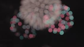 świąteczny salut fajerwerki kolor tła wakacje czerwonego żółty zdjęcie wideo