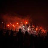 Świąteczny salut fajerwerki na nowy rok nocy Na Styczniu 1, Netherland, 2016 w Amsterdam - Obraz Royalty Free