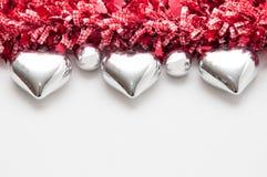Świąteczny tło z sercem kształtował dekoracje i biel kopię Zdjęcia Royalty Free
