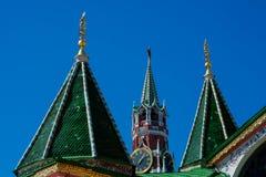 Świątobliwa basil katedra i Spasskaya wierza wybawiciela wierza obraz royalty free