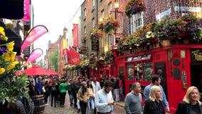Świątyni Prętowy sąsiedztwo Dublin, Irlandia Podczas Ruchliwie popołudnia zbiory wideo