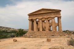 Świątynia Concordia fasada, świątynie doliny, Agrigento, Sicily Obrazy Royalty Free