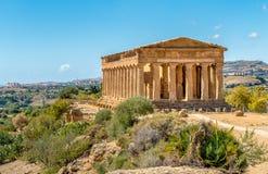 Świątynia Concordia, lokalizować w parku dolina świątynie w Agrigento, Sicily Zdjęcie Stock