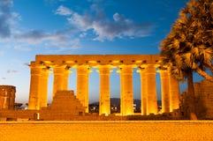 Świątynia Luxor, Egipt przy nocą obrazy royalty free