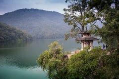 Świątynia na górze góry zdjęcie royalty free