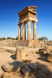 Świątynia Rycynowa Dioscuri i Pollux Unesco Światowego Dziedzictwa Miejsce Dolina Świątynie Agrigento, Sicily, ItalyAgrigento, Si Zdjęcia Royalty Free