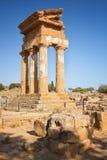 Świątynia Rycynowa Dioscuri i Pollux Unesco Światowego Dziedzictwa Miejsce Dolina Świątynie Agrigento, Sicily, ItalyAgrigento, Si Fotografia Stock
