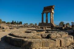 Świątynia Rycynowy i Pollux jeden grek świątynia Włochy, M Zdjęcia Stock