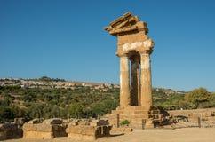 Świątynia Rycynowy i Pollux jeden grek świątynia Włochy, M Obraz Stock