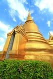 Świątynia Szmaragdowy Buddha; pełna oficjalna nazwa Wat Phra Si Rattana Satsadaram w Bangkok, Tajlandia Zdjęcie Royalty Free