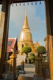 Świątynia Szmaragdowy Buddha; pełny oficjalnej nazwy Wata Phra Si szczur fotografia royalty free