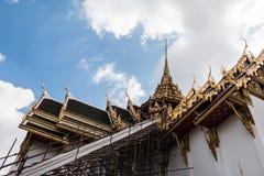 Świątynia w Uroczystym pałac szmaragdzie Buddha obrazy royalty free