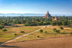 Świątynie Bagan przy Myanmar Zdjęcie Royalty Free