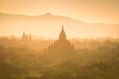 Świątynie Bagan przy Myanmar Zdjęcie Stock