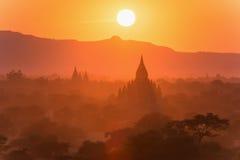 Świątynie Bagan przy Myanmar Zdjęcia Royalty Free