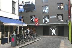 Świątynni pasów ruchu południe z ścianą sława w Dublin Zdjęcia Stock