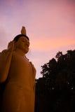 Świątynny Buddha złoty Chuderlawy Zmierzch Unawatuna V obraz royalty free
