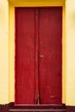 Świątynny czerwony drzwi Zdjęcia Royalty Free