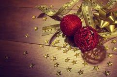 Święta świec, szklane życia cicho czerwonego wina Zdjęcie Stock