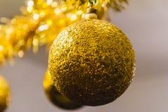 Święta bal złote Zdjęcia Royalty Free