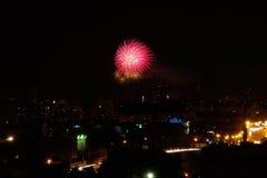 święta bożego miasta wróżki Łotwy nocy prowincjonału podobnej wkrótce bajka fajerwerki Fotografia Royalty Free