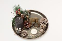 Święta dekorują odznaczenie domowych świeżych pomysłów Świeczka z rogaczem i arkaną Fotografia Stock
